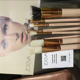 Zoeva brush new ( 1 stock only )