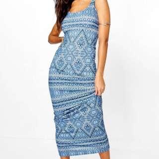 NEVER WORN Boohoo maxi dress