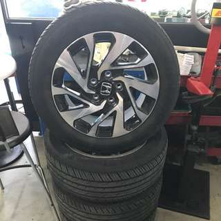 Hankook ventus S1 noble 215/55/16 w stock Honda Civic Rims
