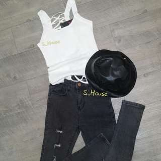 🚚 S_House 全新 針織 無袖 背心 交叉 美背 露背 合身 上衣