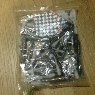Spare Plastic Darts (12 sets)