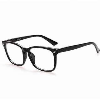 Fashionable Unisex Anti Blue Light Glasses