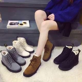 New Arrival ❤️保暖防水馬丁靴👍🏻 易襯❤️超舒服🙈