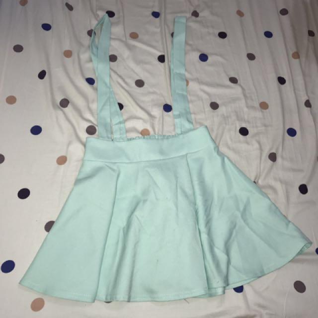 🚚 衣服裙子