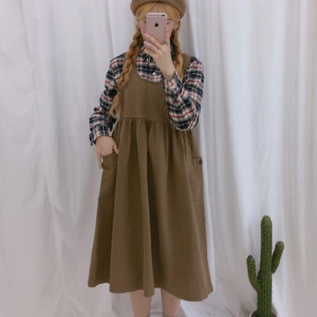 正韓米色裙子