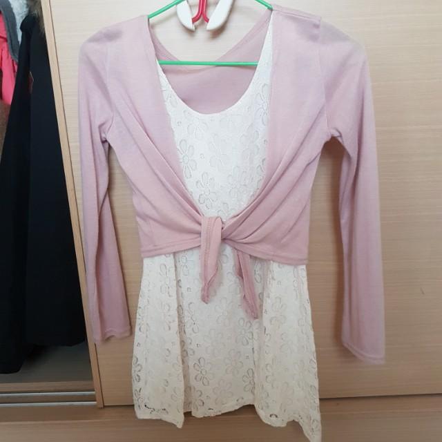 兩件式內全白蕾絲洋裝,外粉色短版罩衫