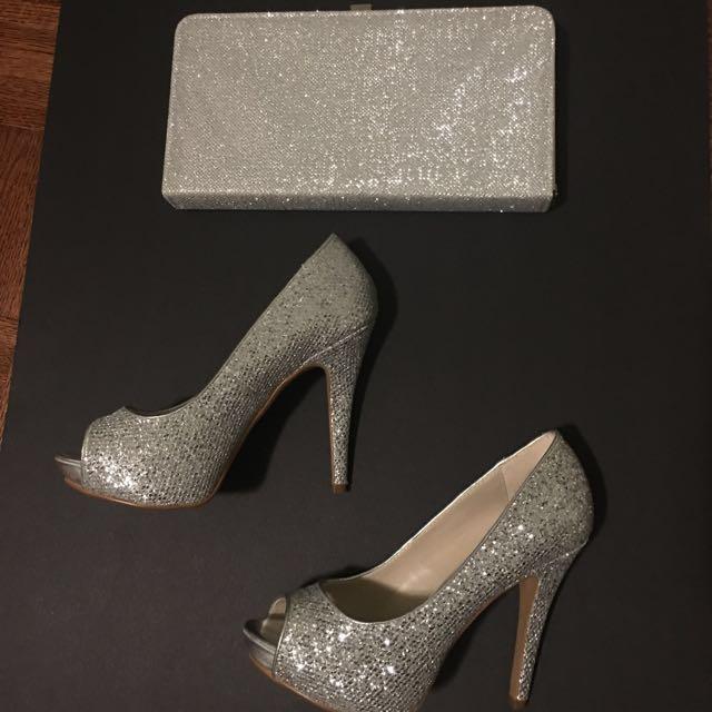 #BlackFriday50 Pair of gray peep toe glitter platform stilettos and matching clutch purse
