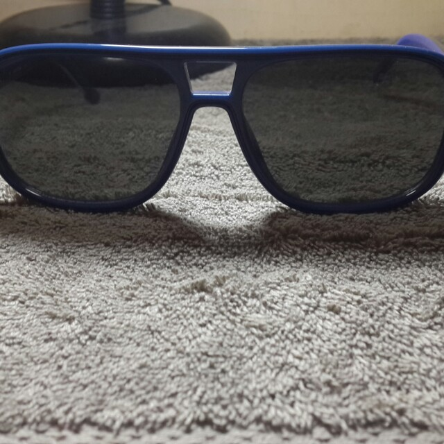 69abee9787 AUTHENTIC LACOSTE SHADES