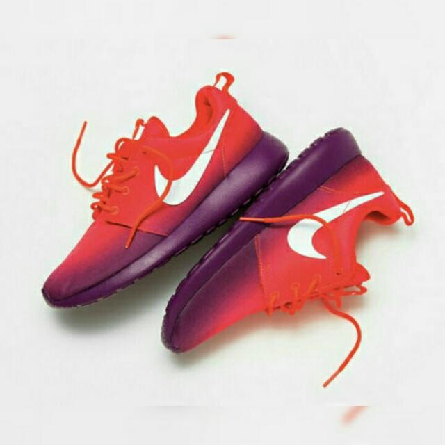 Authentic Nike Roshe (Purple and Pink Ombre)