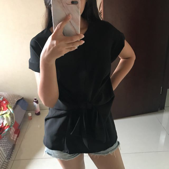 Black Tied knot top