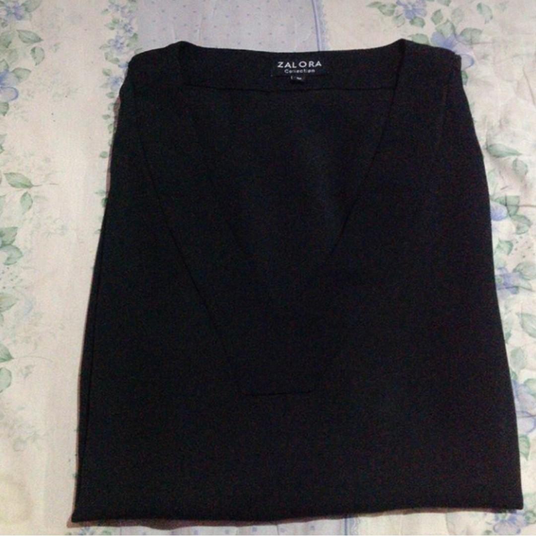 Black top by Zalora / blouse