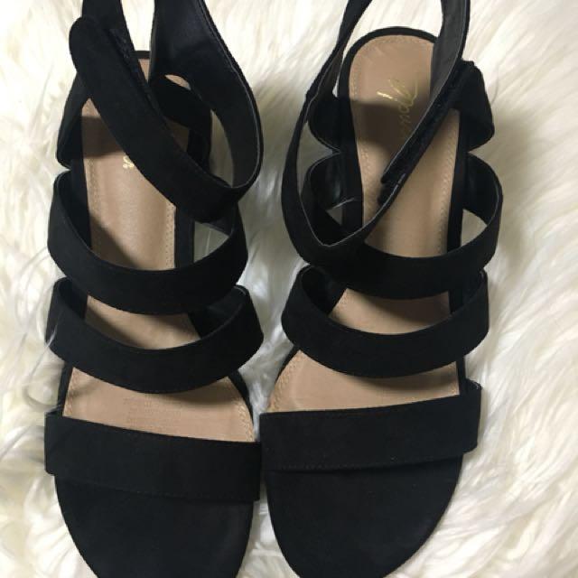 Block heels sandals