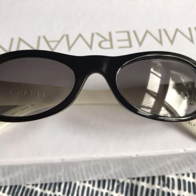 Children's genuine Chanel sunglasses