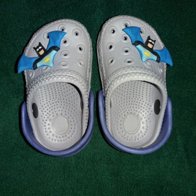 Crocs-inspired sandals