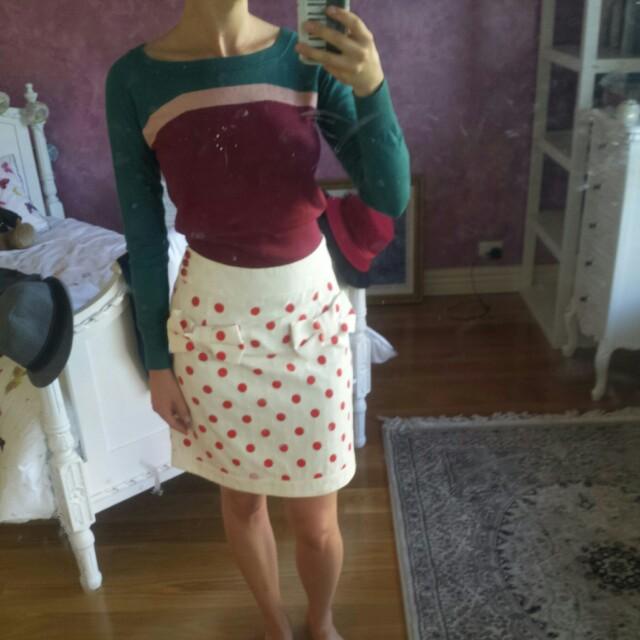CUE sweater