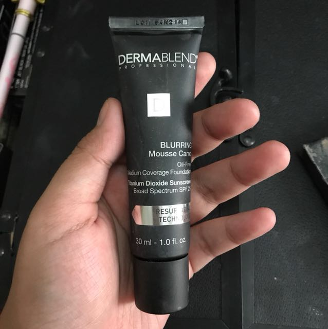Dermablend blurring camo mousse