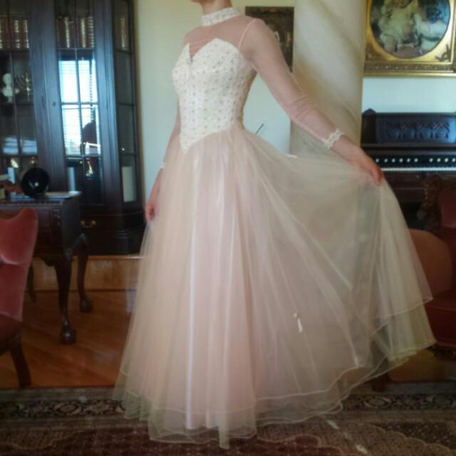 Vintage Dress for *rent*