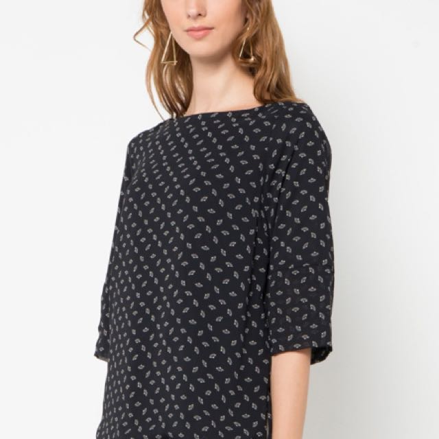 Eprise Black Blouse