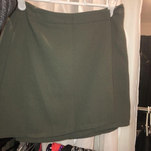 F21 crossover skirt