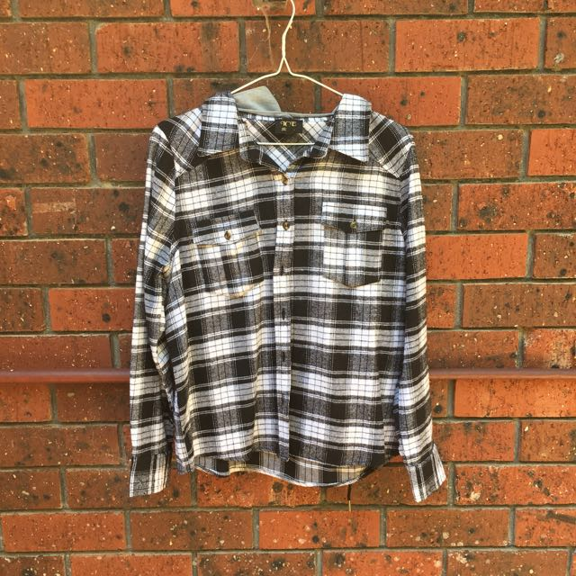 Flannel with detachable hoodie