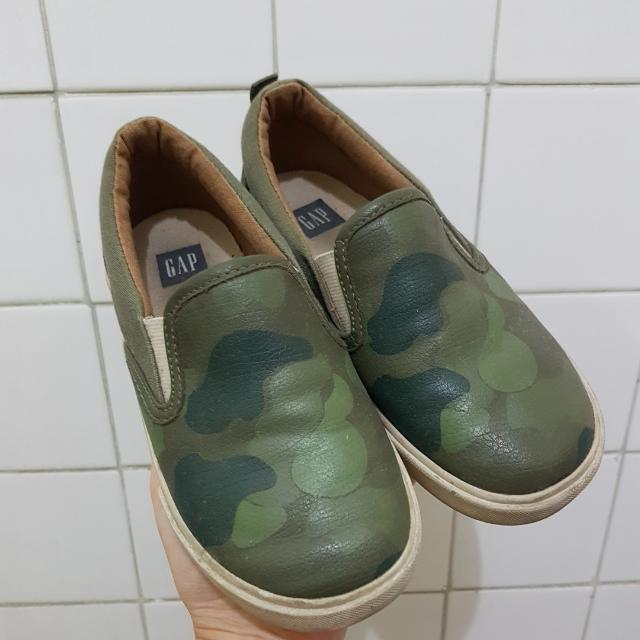 GAP rubber shoes unisex kids slip ons US11 fits 4-5yo good condition