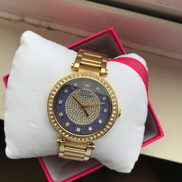 Gold Watch(55% OFF)