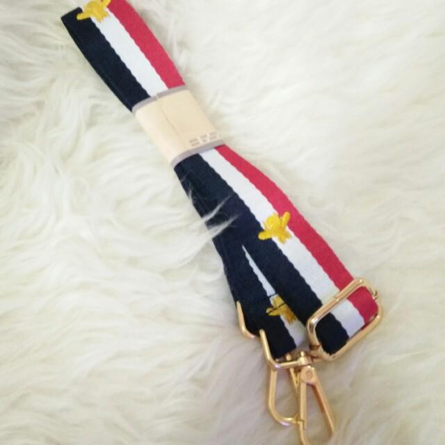 Gucci bee premium strap