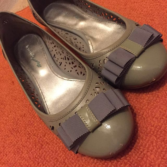 2 pair of Le saunda Fashion Shoes