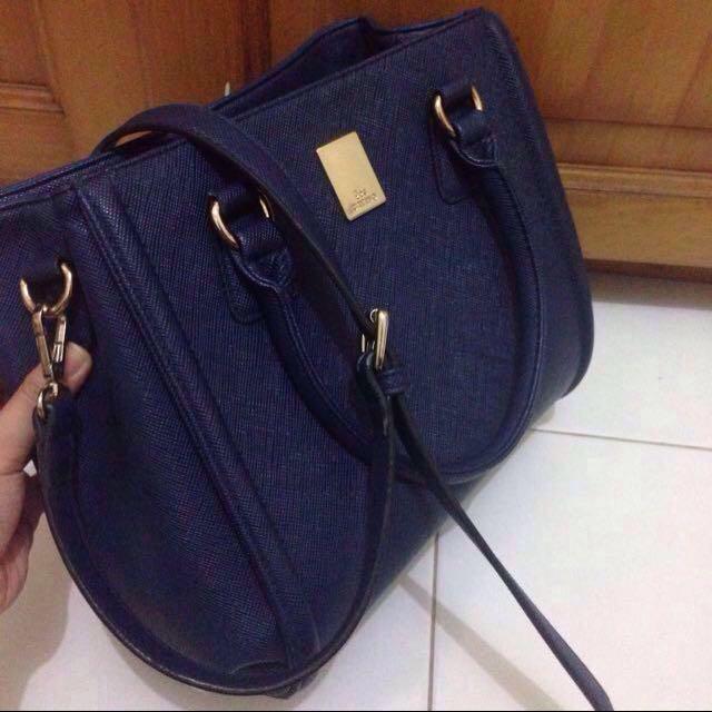 Les Catino Navy Bag
