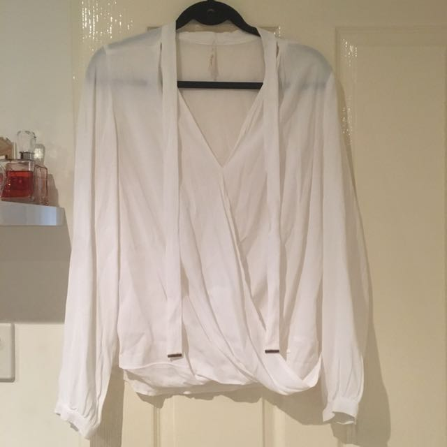 Long sleeve white top - size 8