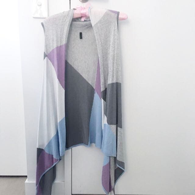 Long Vest Benetton Spring Pastel Colours from Italy
