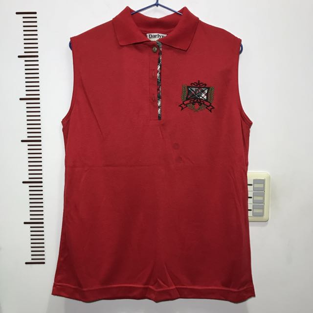 無袖紅色polo衫
