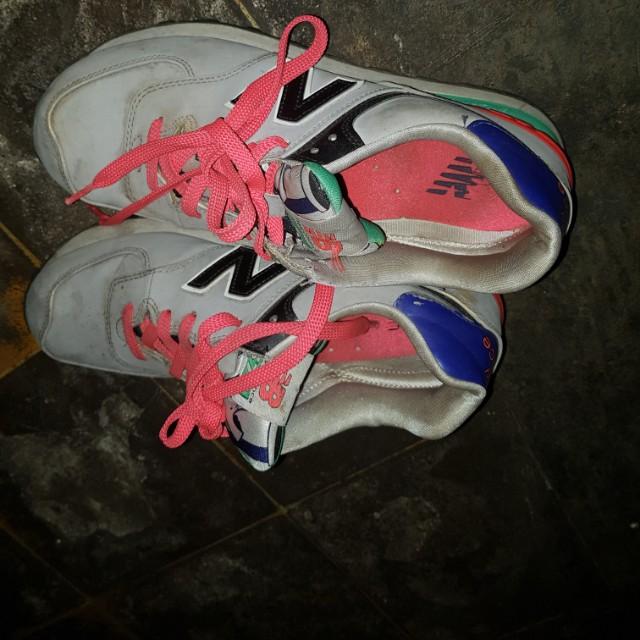 Preloved Sepatu New Balance Ori