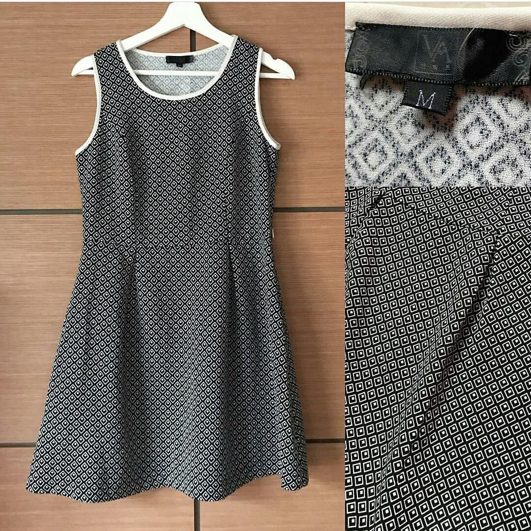 Prem bw sleeveless drop dress