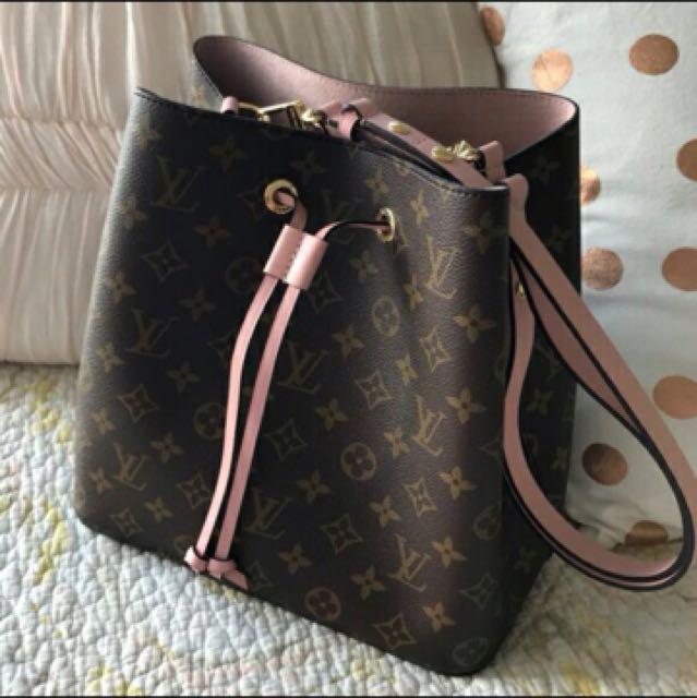31df787542a4 💎Premium   Louis Vuitton Neonoe Pink