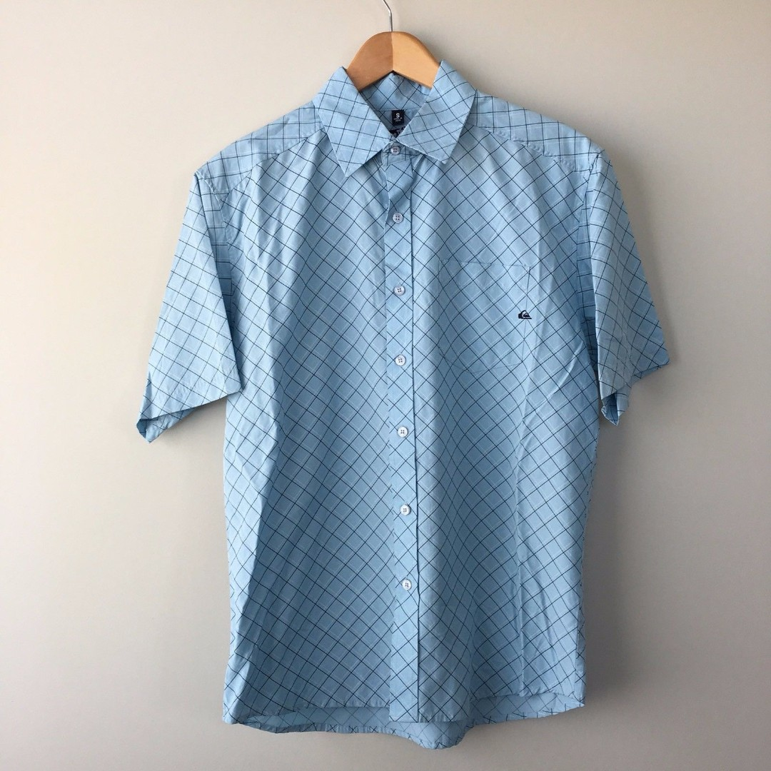 Quiksilver Short Sleeve Button Down Casual Shirt Check Size S Small Blue NWT