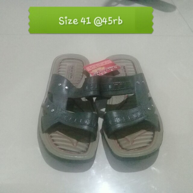 Sandal new era