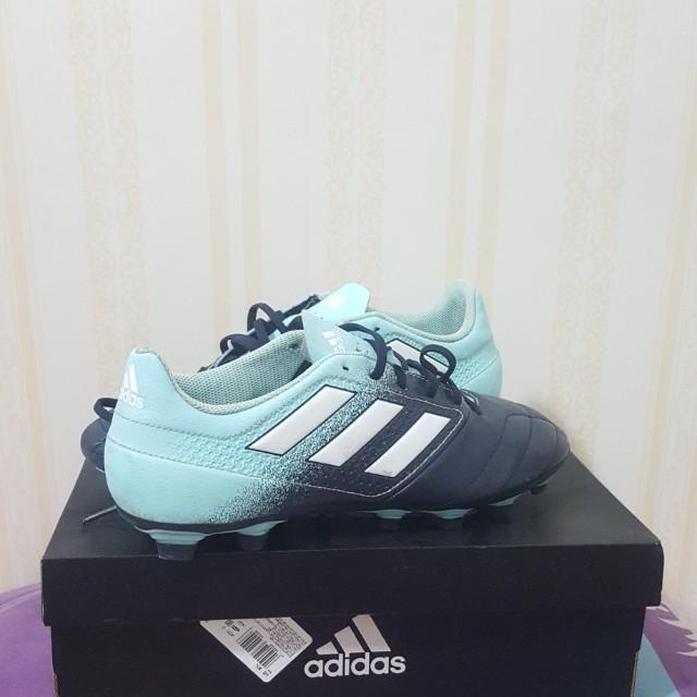 promo code 6ac23 93622 Sepatu bola Adidas ace 17.6, Sports, Other Sports Equipment ...