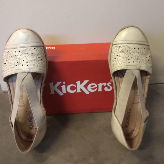 Sepatu Sandal Sleep Kickers