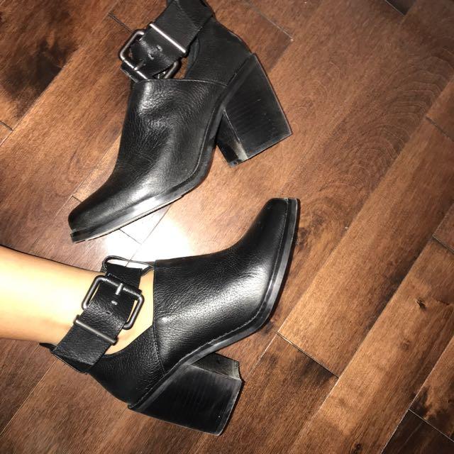 Shellys London heels Size 6.5