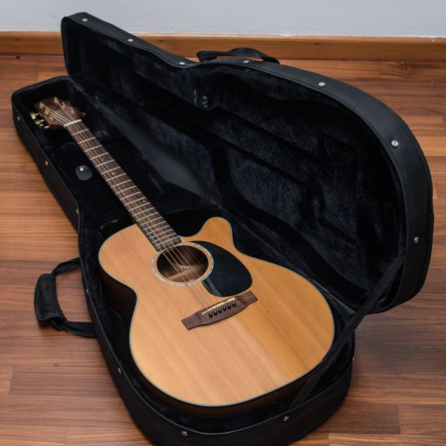 Takamine electro acoustic guitar