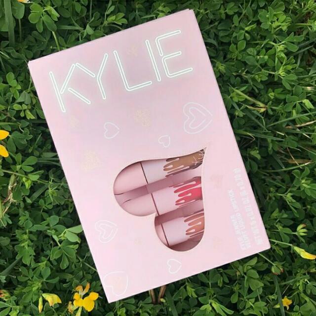 The KylieCosmetics Velvet Liquid Lipstick Mini Kit
