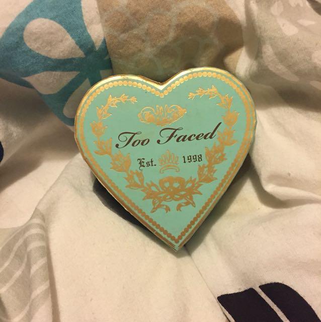 Too faced sweet tea bronzer