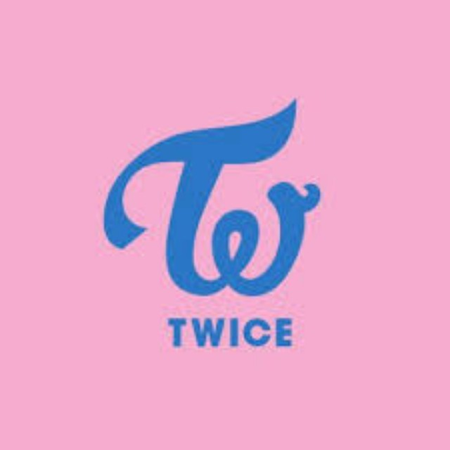 Twice Store in Hongdae, Entertainment, K-Wave on Carousell