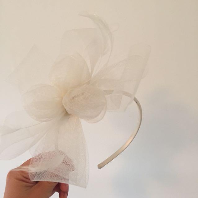 White headpiece