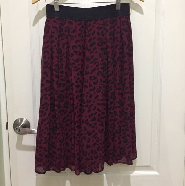 White house | Black Market Printed Skirt