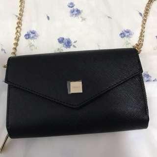黑色斜背手機包