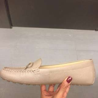 MK loafers worn once! Size 8
