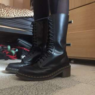 Authentic Doc Martens 14-eye boot