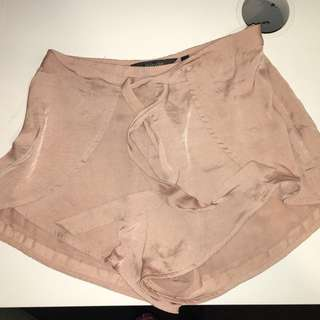 Silky Glassons Tie-up Shorts